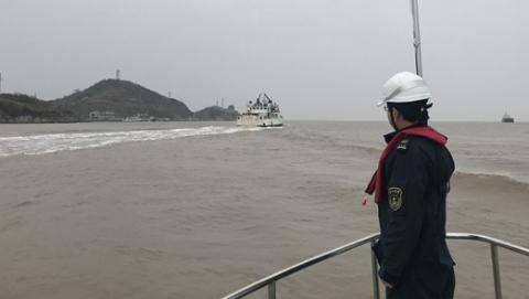 洋山海事开辟水上绿色通道 保障大洋山岛防疫物资安全运输