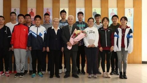 650万捐武汉,950万助学奖学!曾求学上海的83岁院士把奖金全捐了!