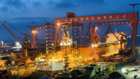 外高橋造船又一艘海上浮式生產儲油船出塢 2號船塢為建造國產郵輪升級