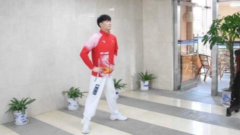 殘奧冠軍在線教健身,一起在家學做操