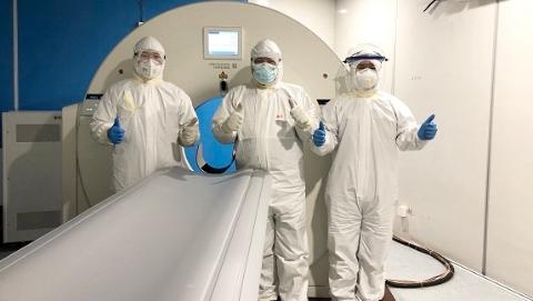 """上海聯影""""硬核""""科技賦能抗疫一線  每一臺CT背后都有一串串感動"""