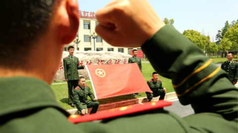 """武警部队开展""""五四青年节""""主题教育活动"""