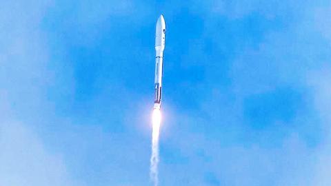 美神秘空天飞机第6次升空 将释放小卫星在轨道上试验