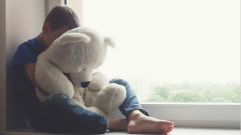 两会话题丨黄绮委员:为自闭症患儿家庭及服务机构加大提供政策支持
