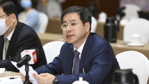 杭迎伟代表:而立浦东全力推进新时代高水平改革开放