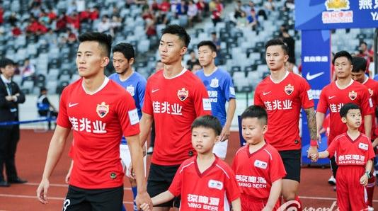 中国足协官宣三级职业联赛准入名单 天海退出深足递补踢中超