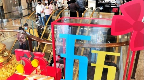 两会锋评 | 恢复性消费 上海有潜力