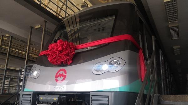 """27岁生日,上海地铁再赴""""千辆之约"""""""