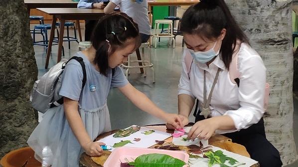 """走进非洲!沉浸神奇鸟营地!上海自然博物馆推出""""野孩子""""亲子主题参观路线"""