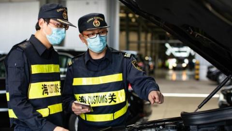 汽车出口大幅反弹,上海外高桥港区4月出口汽车同比激增近一倍