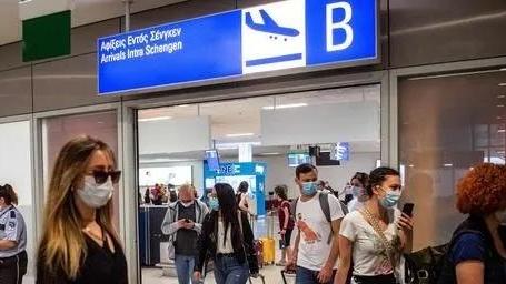 边境开放首日6万游客涌入,希腊紧急发布航空新禁令