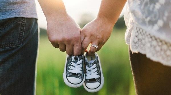 """""""疫""""起谈心(11)  拧巴的家庭关系会让孩子对学习产生各种情绪,这时父母可以这样合作"""