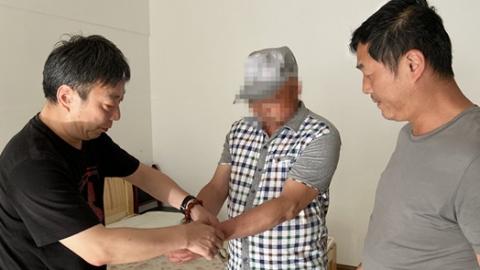 杨浦民警一句话戳中泪点!20年前命案嫌疑人终自首
