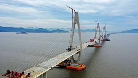 舟岱大桥主通航孔桥合龙 长三角互联互通更进一步