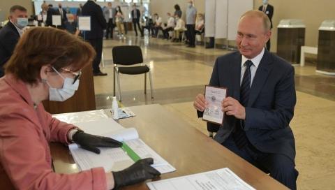 俄罗斯修宪全俄投票结束 已统计9成选票中超7成支持修宪