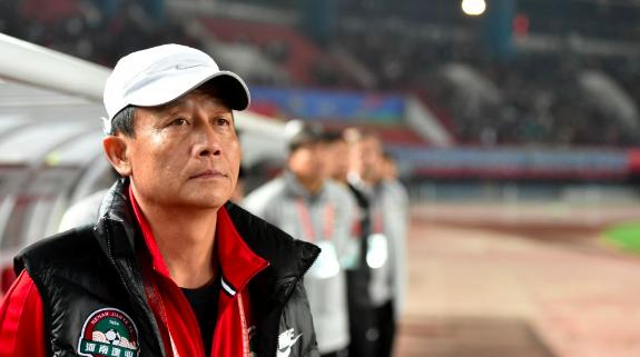 临阵换帅!河南建业官宣主教练王宝山辞职