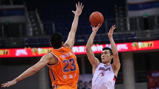 CBA复赛第二阶段今晚开打!上海男篮继续锻炼少帅磨炼新人