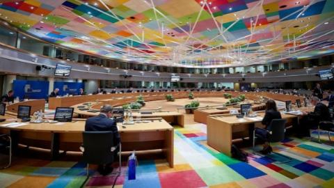 """""""马拉松""""欧盟峰会推出史上最强经济刺激计划"""
