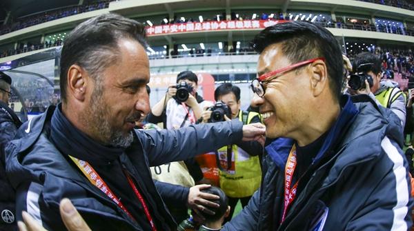 今晚,吴金贵再遇上海上港,老对手这一次迎来新对决!