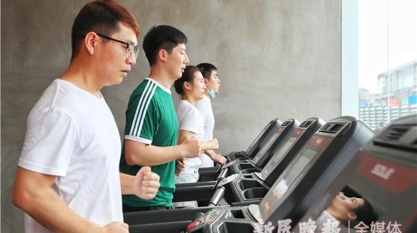 社区健康师助阵,免费锻炼一个月!控江路街道首家市民智慧健身中心揭幕