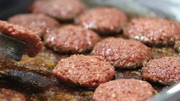一年吃掉17亿汉堡,法国的饮食傲娇去哪了