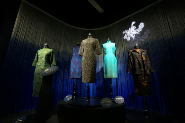上大博物馆展出100件荣氏家族旗袍