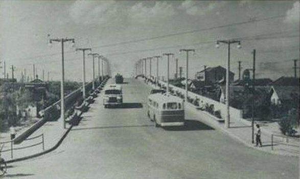 老北站旁铁路线上曾有两座旱桥