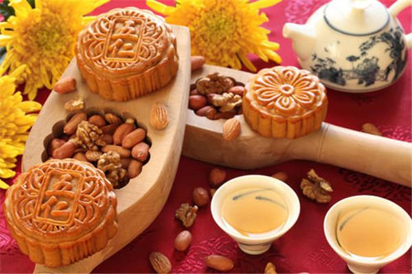 中秋吃月饼,吃的是情怀与风骨