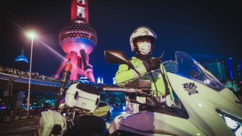 上海市民安全感、满意度连续8年双提升,怎么做到的?