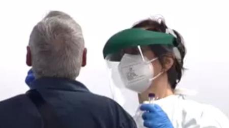 西班牙新冠病毒感染者猛增 医疗系统面临挑战