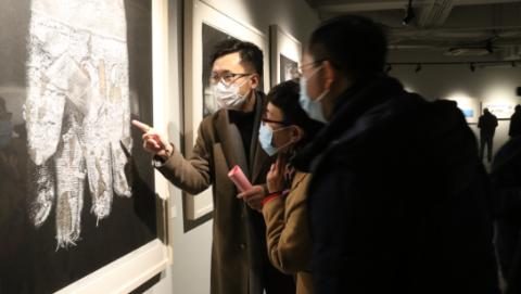 """见证版画艺术""""绿遍江南"""",第二届长三角中青年版画家邀请展在沪开幕"""