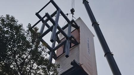 上海首台整体式装配吊装加装电梯用了近5个月,听听居民怎么说......