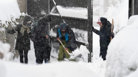 温度骤降交通受阻,西班牙暴雪已致至少7人死亡