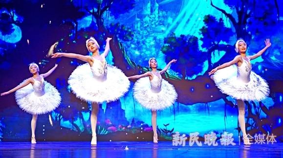 """街舞""""跳进""""剧院,与芭蕾""""天鹅湖""""共掀舞蹈风暴"""