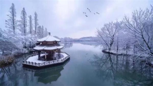 夜航船带来的雪