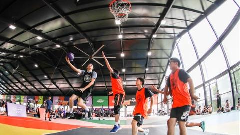 万千篮球小将逐梦青春赛场,这项青少年三人篮球赛为何越办越火?