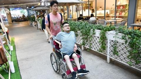"""上海""""暖""""大的渐冻人小伙想为无障碍出行做件大事,渴望你的一臂之力!"""