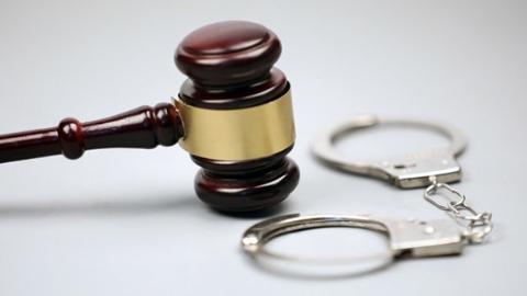 出卖营业执照可以每月领工资?买卖国家机关证件罪了解一下!