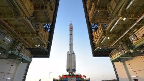 神舟十三号发射成功  实现首次径向交会对接