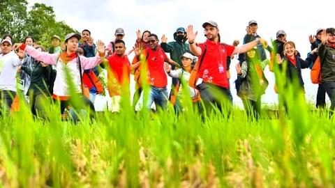 感受中医魅力 领略新农村风貌 20国留学生体验中国文化