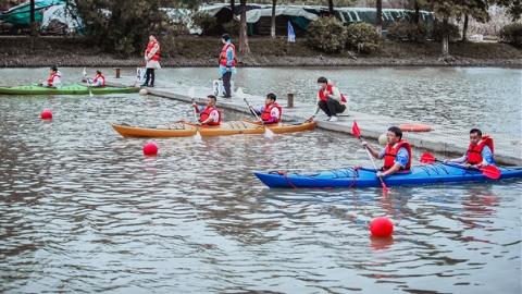 """在六灶港河畔,来一场水上版""""速度与激情"""""""