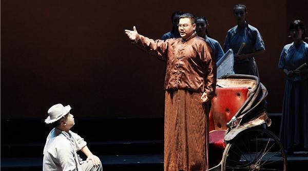 《晨钟》在中国歌剧节敲响,唱着咏叹调的李大钊和《觉醒年代》里有啥不一样?