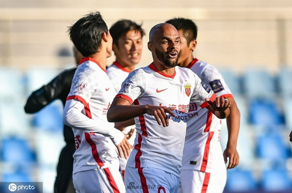 上海海港艰难晋级足协杯八强 莱科脸上难见笑容