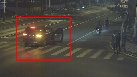 代驾司机到了,车主却被警察带走了