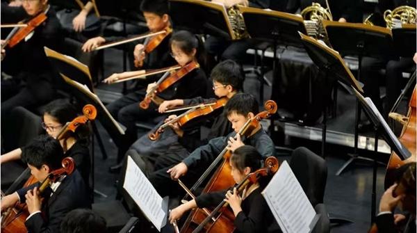 纪实 | 南模乐团,青春之歌一奏三十年