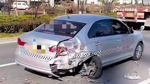 宝安公路一SUV追尾教练车 幸无人员伤亡