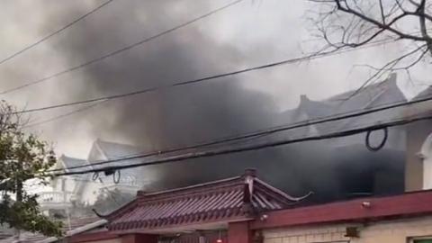 宝山区潘广路发生火情 无人员伤亡