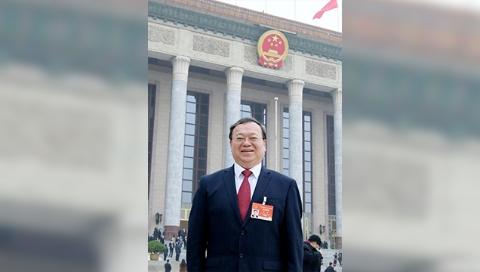两会自拍杆|健康中国立法先行,适时修订传染病防治法