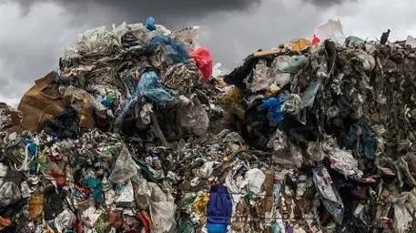 """加拿大魁省陷入""""垃圾围城""""危机"""