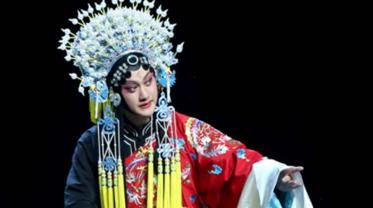 忆梅兰芳少年风华,昆曲小生施夏明将来沪重现京剧大师的上海往事